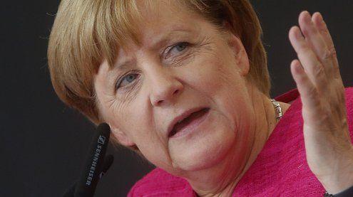 Riesen-Vorsprung für Merkel - AfD-Triumph bereitet Sorgen