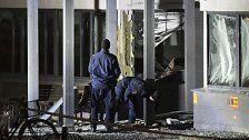 Gewaltige Explosion vor Polizeiwache